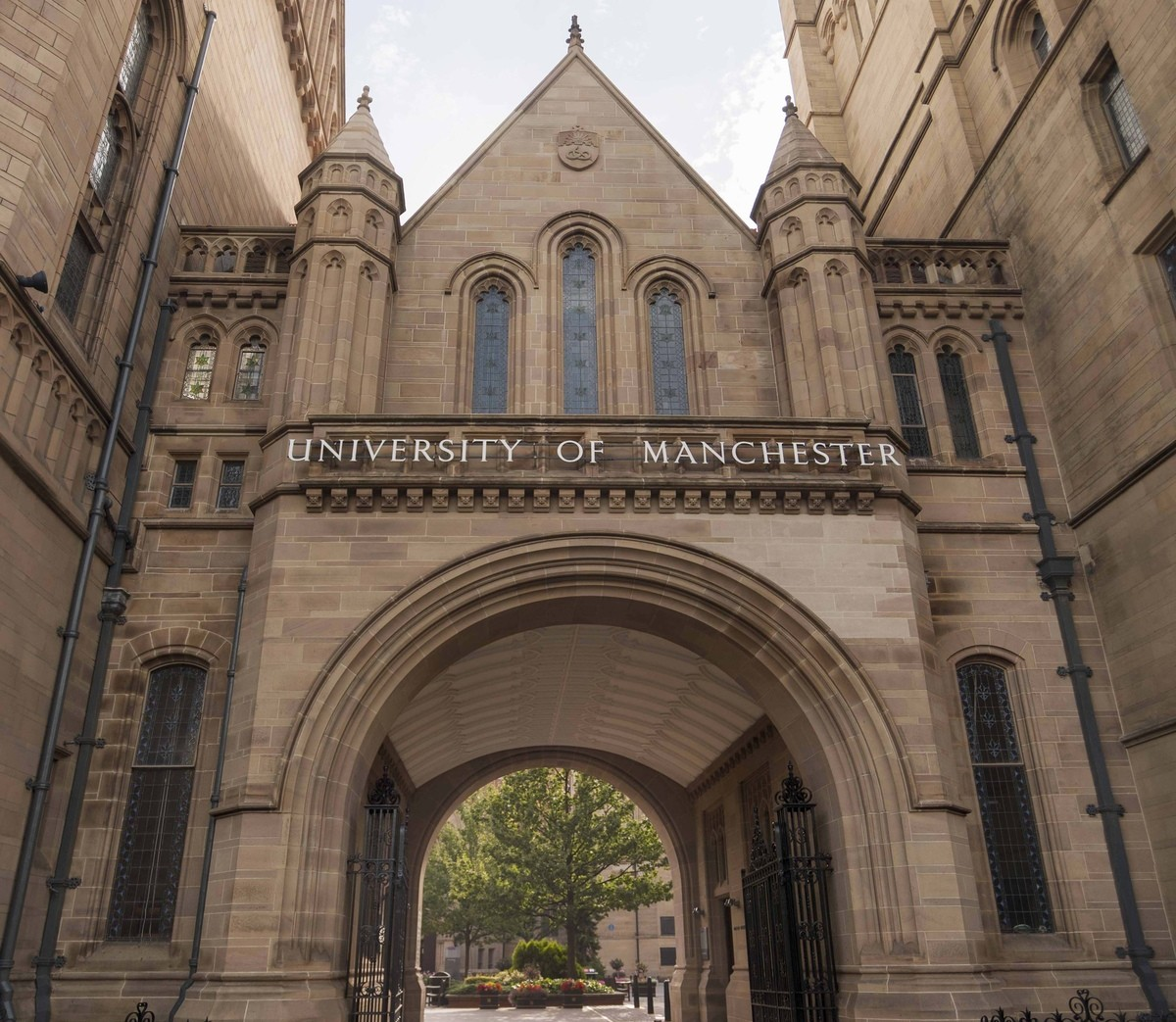 an application at the university of manchester Deadline for submissions: 5pm, friday 14 september 2018 the john rylands research institute is pleased to offer pilot grants of up to £5,000 to support academic and library staff at the university of manchester who wish to conduct initial and exploratory research into the special collections at the university of manchester library in.
